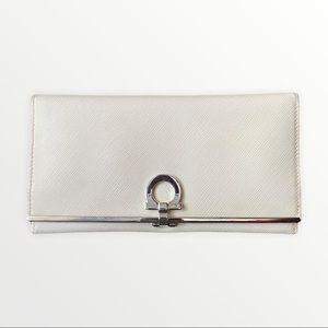 Ferragamo Wallet   Salvatore Ferragamo Women's Gancini Wallet